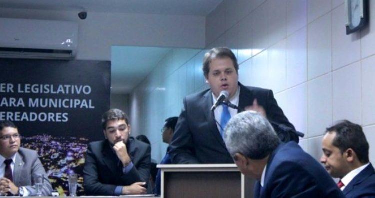 Resultado de imagem para Luciano Junior Palmares vereador
