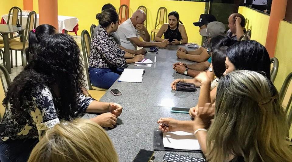 Millena Melo reúne quadros políticos do PDT em Palmares.