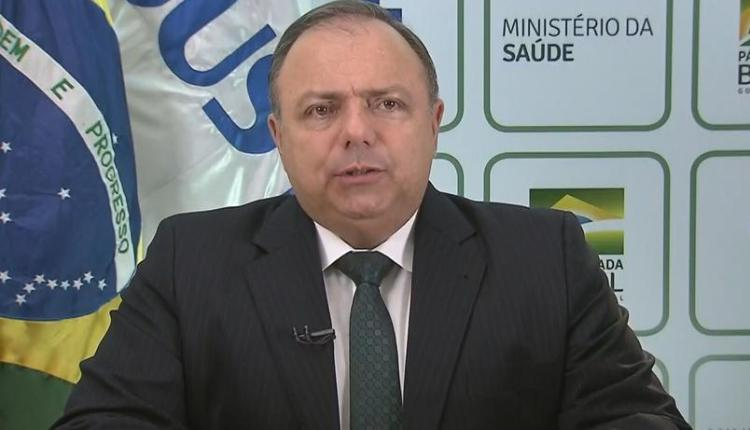 Após falta de oxigênio, Pazuello admite colapso no sistema de saúde de Manaus