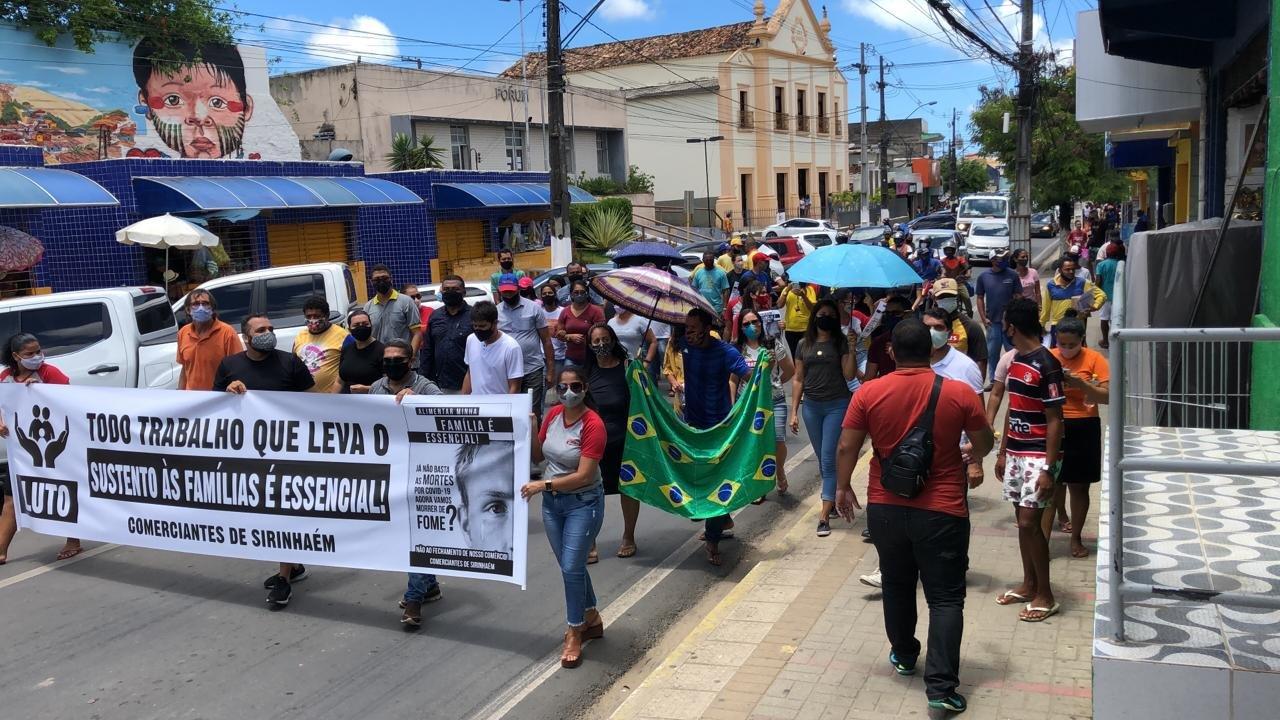 Sirinhaém: Comerciantes protestam e dizem que não vão obedecer Decreto de Lockdown