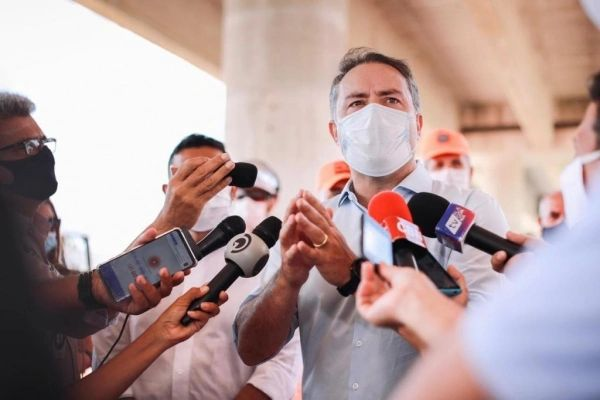 Alagoas: Renan anuncia vacinação para profissionais da educação básica e outros grupos; confira