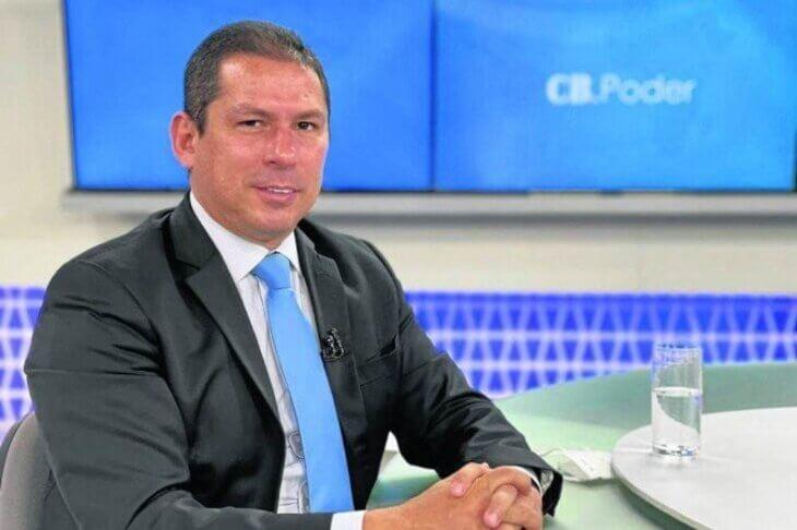 """""""Bolsonaro arma acordo para duplicar o fundão"""", diz vice da Câmara"""