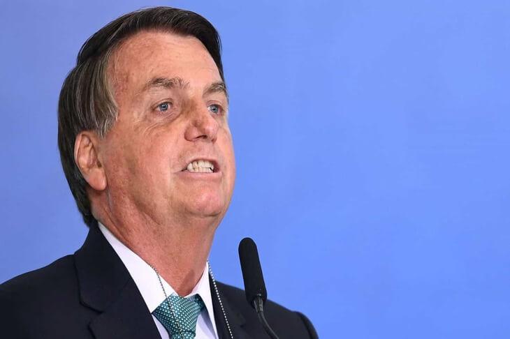 Bolsonaro sugere que, sem voto impresso, pode não disputar eleições de 2022