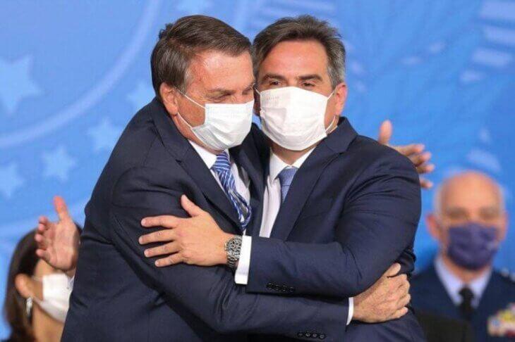 """Integrantes do Centrão veem Bolsonaro como """"canoa furada"""" e avaliam desembarque"""