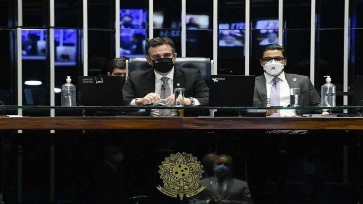 Pacheco devolve medida provisória que altera Marco Civil da Internet
