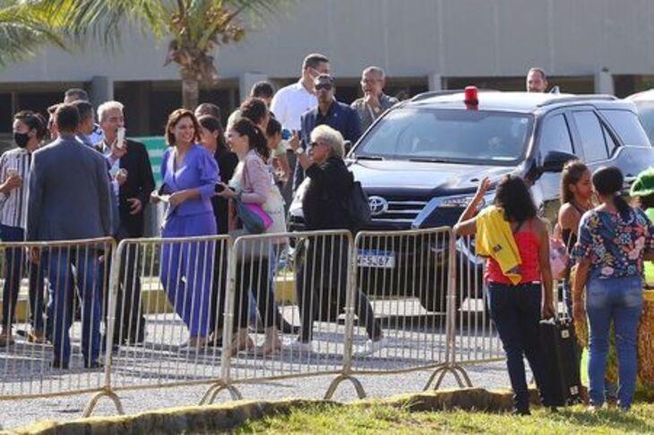 Políticos pernambucanos recepcionam Bolsonaro